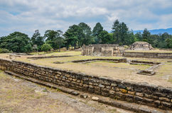 Pyramide - temple - monument national d'Iximche - Guatemala Photos stock