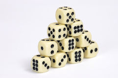 Pyramide vom Spielen der Knochen. Stockfoto