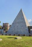 Pyramide von Cestius, Rom Stockbild