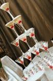 Pyramide von den Gläsern. Stockfoto