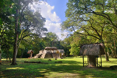 Pyramiden-archäologischer Park Cebal in Guatemala Lizenzfreie Stockfotografie