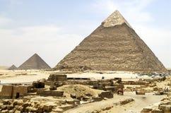 Pyramiden in Giza Stockfotos