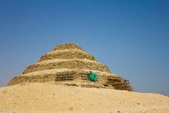 pyramiden saqqara gick Arkivbilder