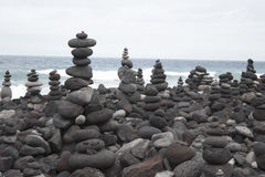 Pyramiden von Steinen Lizenzfreie Stockfotografie