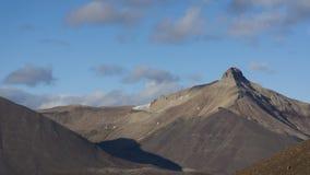 Pyramidenberg bei Svalbard, Spitzbergen Stockbilder