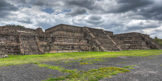 Pyramider av Teotihuacan, Mexico Royaltyfri Fotografi