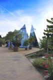 Pyramides dans le jardin Photographie stock libre de droits