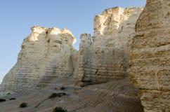 Pyramides de craie de roche de monument Photo stock