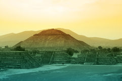 Pyramides de Teotihuacan photos stock