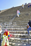 Pyramides sur l'avenue des morts, Teotihuacan, Mexique Photos stock