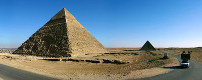 Pyramids of giza in Cairo Stock Photography