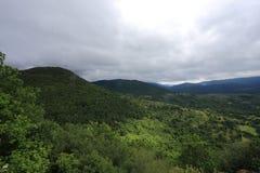 Pyrenean landskap och stormig himmel i Occitania Royaltyfria Foton