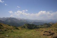 pyrenees Arkivfoton
