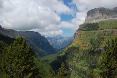 Pyrenees-Hügel stockbilder