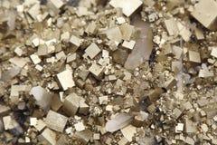 Pyrite mit Galena, Kalzit, Quarz Stockfotos