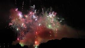 Pyrotechnic show för fyrverkeri lager videofilmer