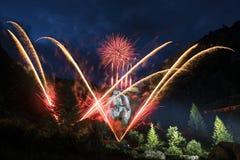Pyrotechnische Show, Standorte Toce-Wasserfall - Piemont Stockfotografie
