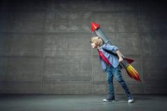Pys med raket i studio Fotografering för Bildbyråer