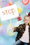 Pysinnehavstoppet undertecknar i protest mot förorening- och avfallskris arkivbilder