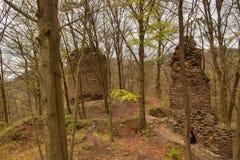 Pysolec城堡废墟在捷克 城堡在13世纪被修造了 免版税库存照片