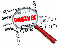 Pytanie I Odpowiedź - Powiększający - szkło na słowach Zdjęcie Stock