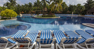 Pływacki basen w luksusowym kurorcie, Riviera majowie, Meksyk Obraz Royalty Free