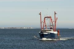Pyxis för fiskeskyttel med den Fairhaven bakgrunden Royaltyfri Bild