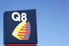 Q8 embleem op een paneel royalty-vrije stock fotografie