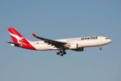 Qantas Airbus A330-202 VH-EBO on approach to land at Melbourne International Airport. Melbourne, Australia - September 25, 2011: Qantas Airbus A330-202 VH-EBO Royalty Free Stock Photos