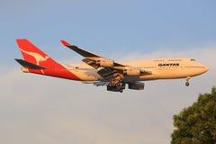 Qantas Airways Boeing 747 jumbo - stråle Arkivfoto