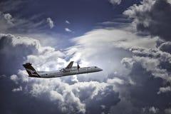 QANTAS anknyter det regionala flygbolaget arkivfoto