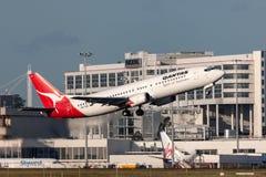 Qantas Boeing 737-476 VH-TJK departing Melbourne International Airport. Melbourne, Australia - September 24, 2011: Qantas Boeing 737-476 VH-TJK departing Stock Photos