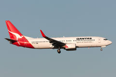 Qantas Boeing 737-838 VH-VXG on approach to land at Melbourne International Airport. Stock Image