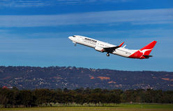 Qantas 737 takeoff Royalty Free Stock Photography