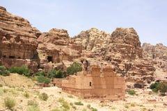 Qasr al-Bint in Petra, Jordanië Stock Afbeelding