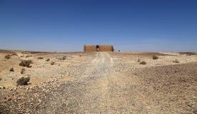 Qasr Kharana (Kharanah of Harrana), het woestijnkasteel in oostelijk Jordanië (100 km van Amman) Stock Fotografie