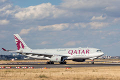 Qatar Airways ładunek Aerobus A330-243F Obraz Stock