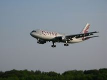 Qatar Airways landing Royalty Free Stock Photography