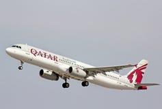Qatar Airways-Luchtbus A321 Royalty-vrije Stock Foto's