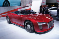 Qatar Motorshow 2011 - Audi E-tron Foto de Stock