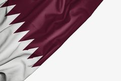 Qatarisk flagga av tyg med copyspace för din text på vit bakgrund vektor illustrationer