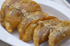 Qatayef-Teig in Ramadan-Monat, arabische Bonbons stockfotos