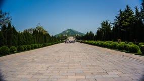 Qian-Grab lizenzfreies stockfoto