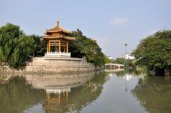 Qibao Świątynny Dzwonkowy Gazebo Fotografia Royalty Free