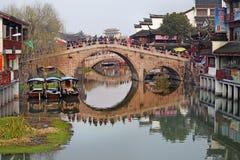 QiBao gammal stad, Shanghai Royaltyfria Foton