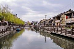 Qibao oude stad op een bewolkte dag Stock Afbeeldingen