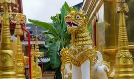 Qilin azjatykcia mitologiczna statua w Tajlandia buddyjskiej świątyni Obrazy Stock