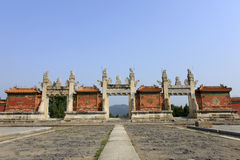 Qing dongling, дверь longfeng стоковое изображение rf