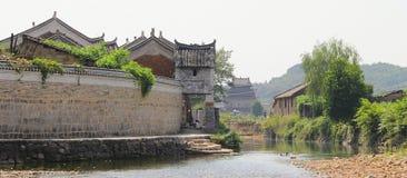 Qing dynastia w Ming dynastii okresie Porcelanowi Antyczni budynki wioska Obrazy Royalty Free