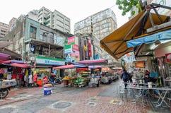 Qing Guang marknad som lokaliseras i det Zhongshan området, Taiwan Fotografering för Bildbyråer